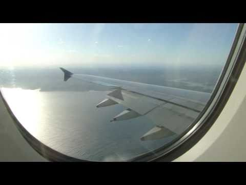 Singapore Airlines A380 landing at Sydney (Kingsford Smith) Airport