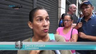 Hasta una hora de cola para comprar una canilla #ReporteUnidad 30/04/16