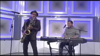 Kirk Whalum and John Stoddart perform on Morning Live