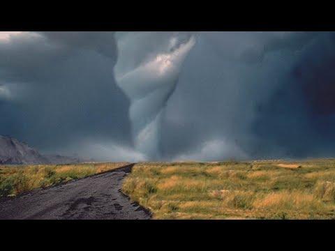 Торнадо в Казахстане, тепло в Армении. Погода в СНГ