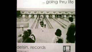 ROSS 154 - Moon FM desire  ( Going Thru Life [Delsin] )