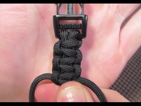 How do you make a simple paracord bracelet