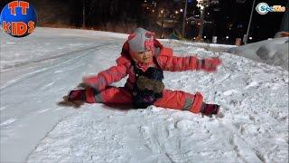 ✔ Кукла Беби Борн и Ярослава — прогулка по ночному Буковелю / Doll Baby Born / Holidays in Bukovel ✔
