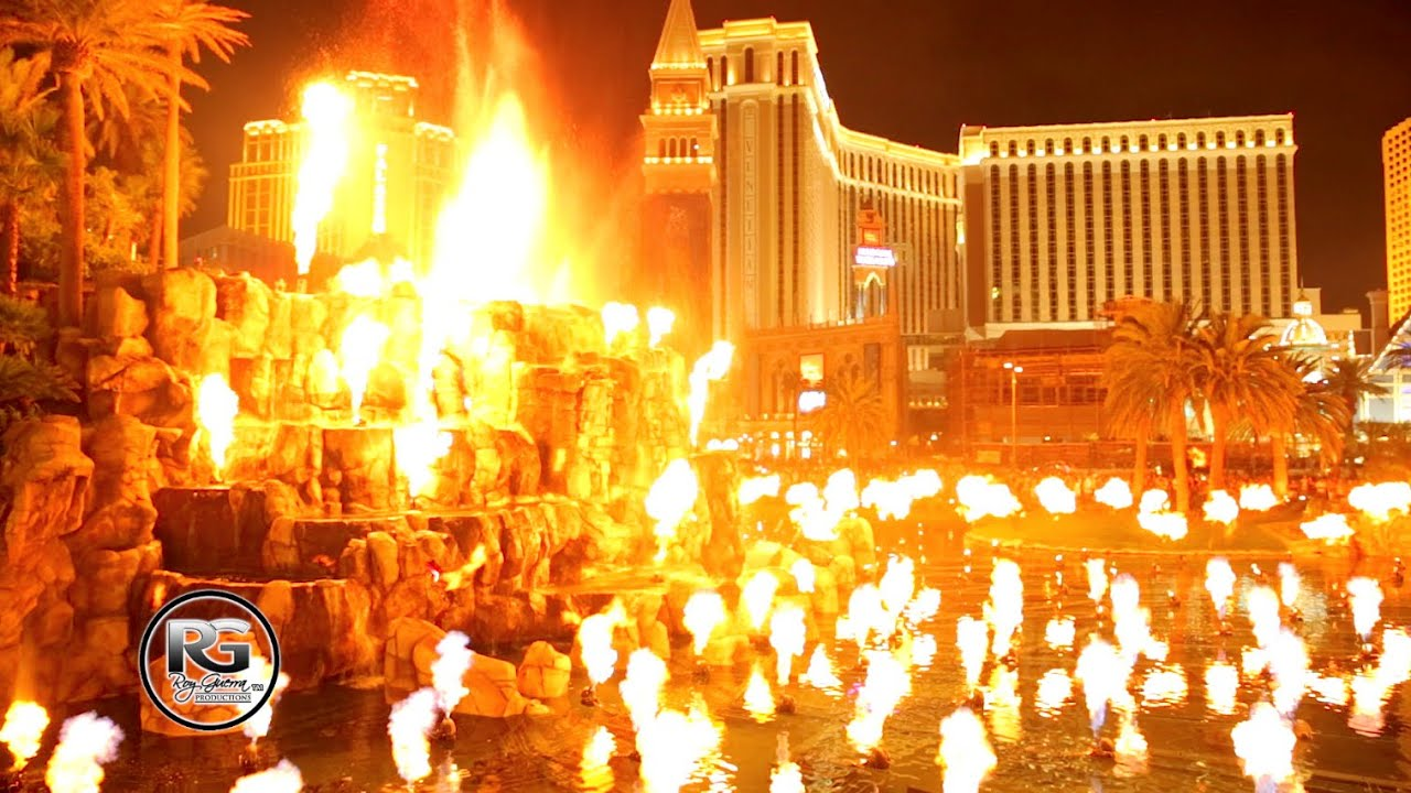 Mirage volcano show in las vegas youtube for Nspi pool show vegas