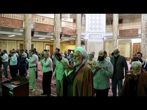 إيران تعيد فتح مزارات دينية رئيسية بعد شهرين من الإغلاق بسبب فيروس كورونا  - نشر قبل 16 ساعة