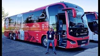 ... en direct de l'allianz arena munich. notre reportage sur le bus man l'équipe sénior f...