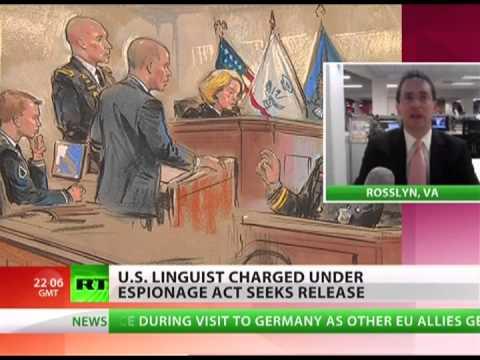 Obama pursues linguist using Espionage Act