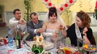 Свадебные приколы Невеста зажигает вместе с гостями.avi