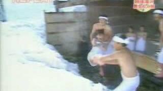 雪にダイブ.