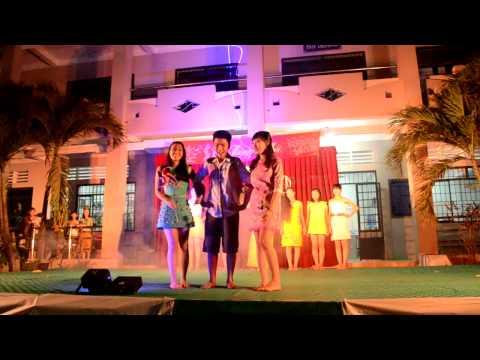 Tiết mục Biểu Diễn Thời Trang Xuân 2013 - Lớp 11A2 trường THPT Nguyễn Trãi.