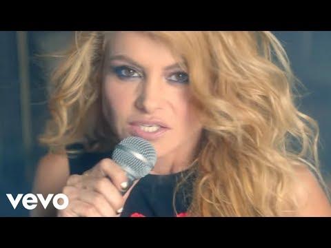 Paulina Rubio - Mi Nuevo Vicio ft. Morat