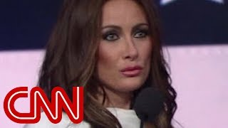 Melania Trump impersonator wows on