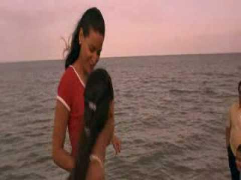 Selena Movie Review & Film Summary (1997) | Roger Ebert