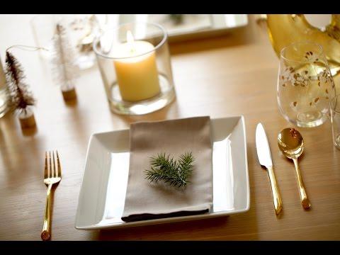 3 Holiday Table Settings (easy Christmas decorations) | ENTERTAINING WITH BETH & 3 Holiday Table Settings (easy Christmas decorations) | ENTERTAINING ...