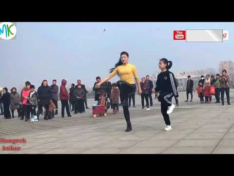 Sawan Mahina Ma Tula Yaad Karna Ye | Chinese Girl Dance | Awesome Dance