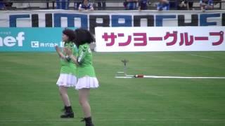 チュウブYAJINスタジアムでのガイナマン体操の模様。