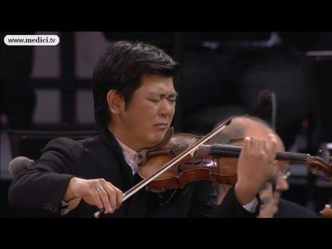 Waldbühne 2012 - Daishin Kashimoto plays Tchaikovsky's Sérénade mélancolique