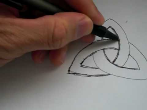 How To Draw The Ancient Celtic Symbol Triquetra Youtube