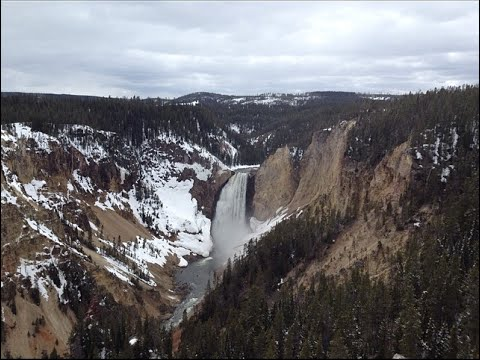 Yellowstone Road Trip (2/3) : Waterfalls, Hiking, & Old Faithful
