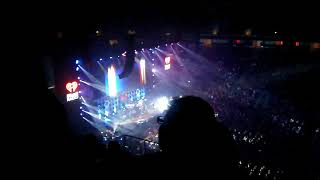 Demi Lovato - Sexy Dirty Love Jingle Ball San Jose 2017 (bad sound and video quality)