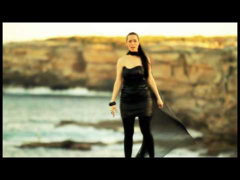 """Assyrian Song """"Madeeley"""" by Linda George (Official)"""