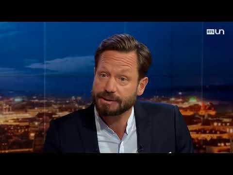 Deux  journalistes de la Radio Télévision Suisse