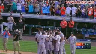 イチロー、メジャー通算3,000本安打を三塁打で決める!