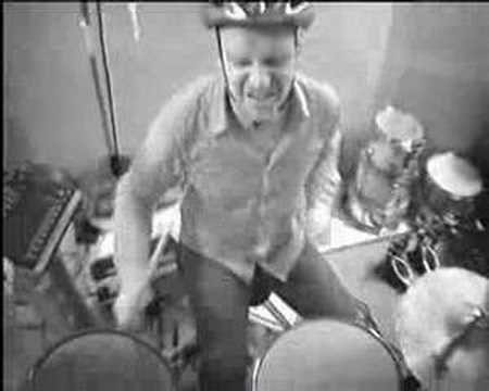 RADIOHEAD - JIGSAW FALLING INTO PLACE (HELMET CAM) OFFICIAL VIDEO