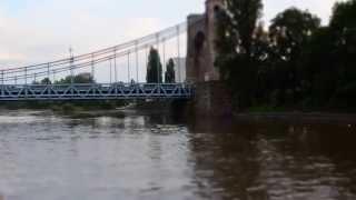 Szybki rejs jachtem motorowym – Wrocław video