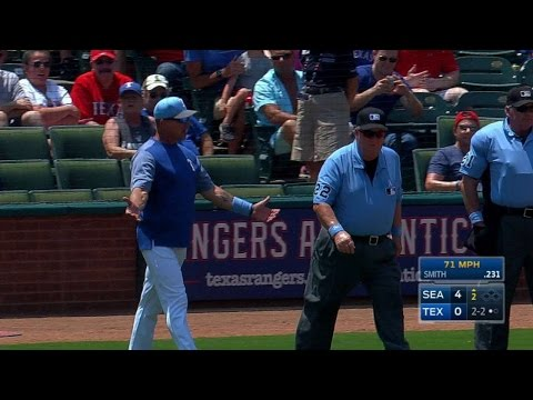 SEA@TEX: Banister ejected after arguing HBP in 2nd