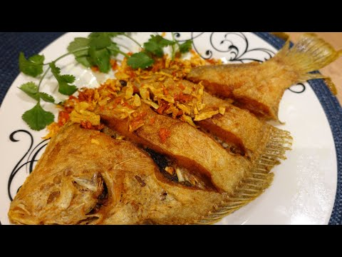 Fried Fish Recipe, Crispy Fish With Crispy Garlic & Turmeric ปลาทอดขมิ้น|cook With Gui