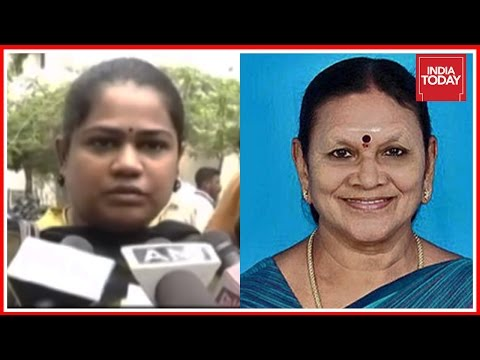 Minister from E Palaniswami's Cabinet Demands Bribe from A woman Under The Pretext Of Transfer Tax