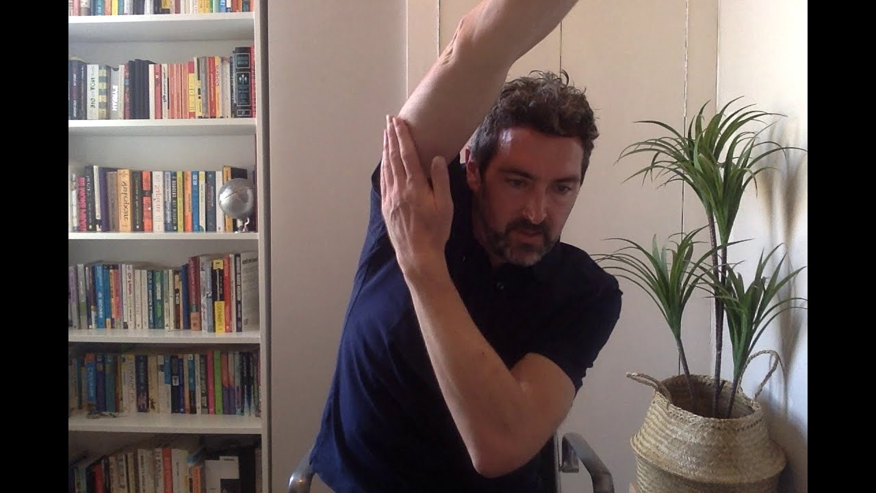Video: Stretch & relax at your desk