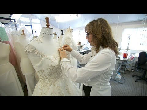 How do you design a royal wedding dress? | ITV News
