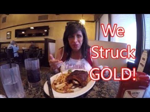 Palms Grill, Petaluma, CA...Friday Night Restaurant Reviews