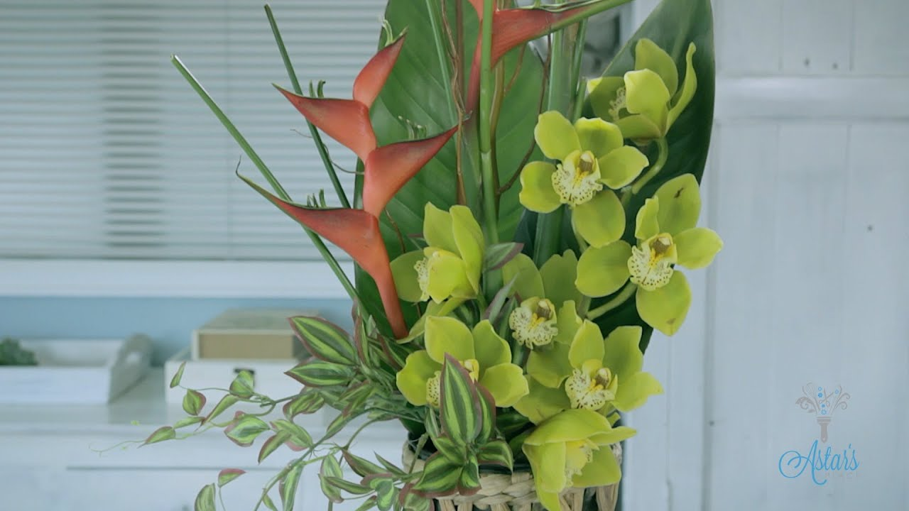 Flowers Floristry Tutorial Simple Tropical Flower Arranging Youtube