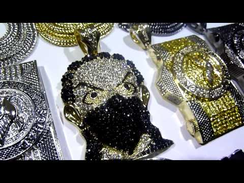 mr chris da jeweler real diamond real gold gucci duffle