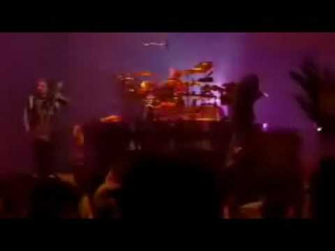 Korn - Thoughtless (live)