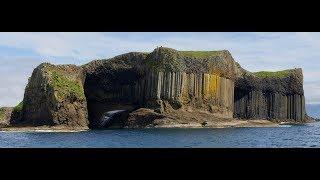 Gambar cover Staffa Island - Fingal's cave