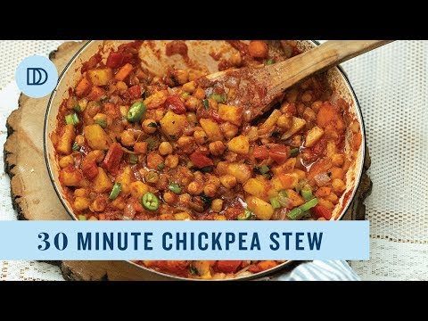 Mediterranean Chickpea Stew: Ready in 30 Minutes!