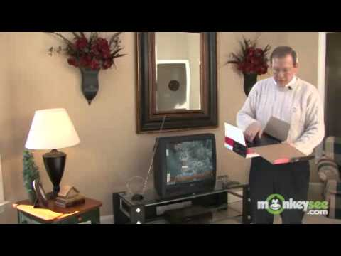 Digital TV Transition - How to Connect a Digital to Analog TV Converter Box - MonkeySee.flv