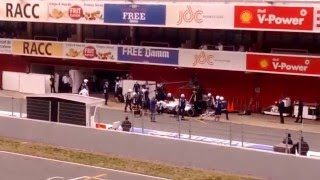 Barcelona Montmeló F1, Testing day 3, Ferrari enters garage, Williams, Torro Rosso, Mercedes in pits