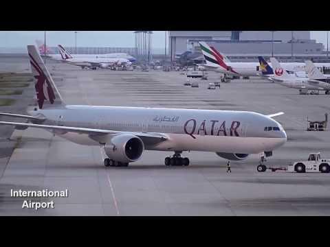 Qatar Airways Boeing 777-300ER Landing in Ngurah Rai International Airport, Denpasar Bali
