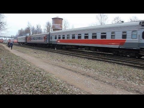 Фирменный поезд Москва – Псков следует маневровым составом