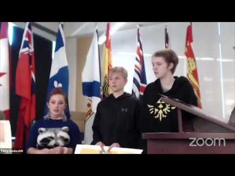 Students at Edith Rogers School Explain Their Experience with Lending a Hand