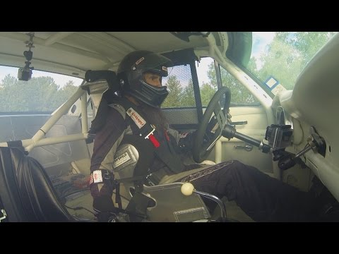 Aaron Hits a Snag at Pike's Peak | Fast N' Loud