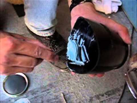 Hervorragend 2 Komponenten-Spachtelmasse für GFK-Bootsrumpf Reparatur - YouTube UR15