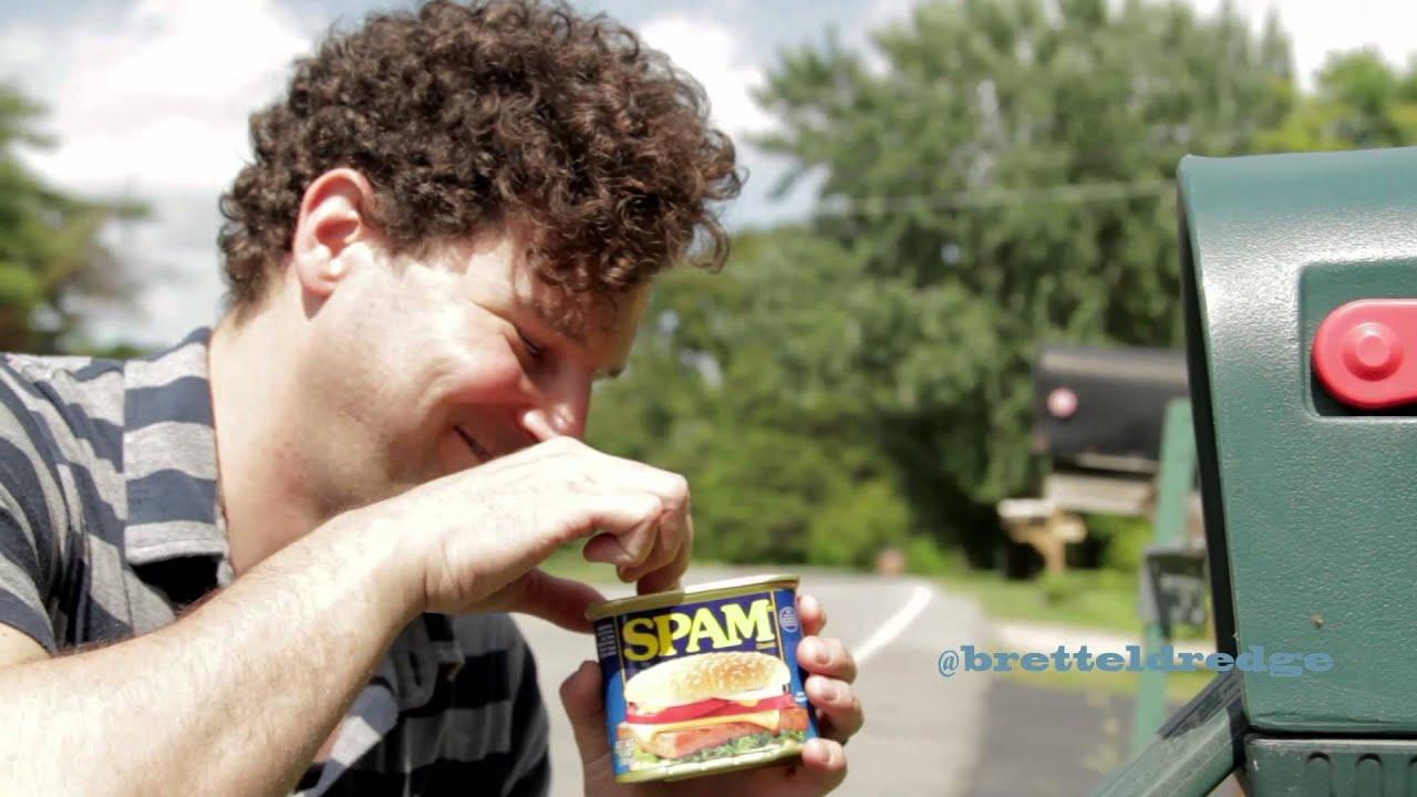 Brett Eldredge: Tweets Come To Life [Spam]