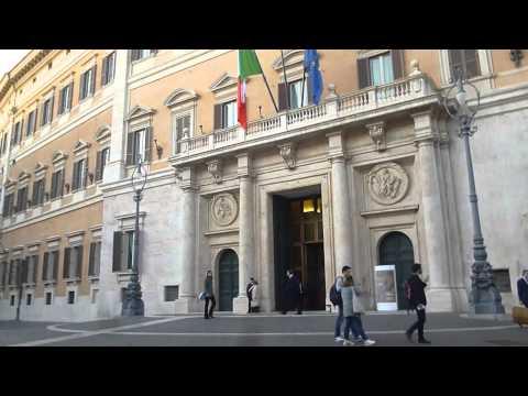 Roma visita virtuale del palazzo del quirinale for Sede parlamento roma