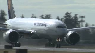 B777F take-off from Everett/Washington